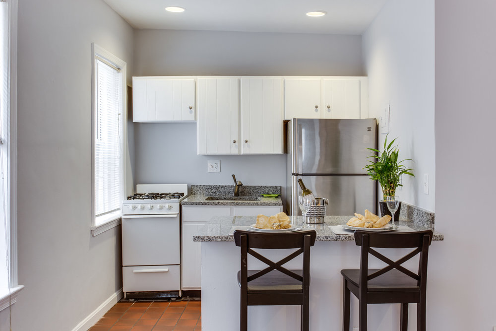 117 E St SE Unit 204-print-027-8-Kitchen-4200x2800-300dpi.jpg
