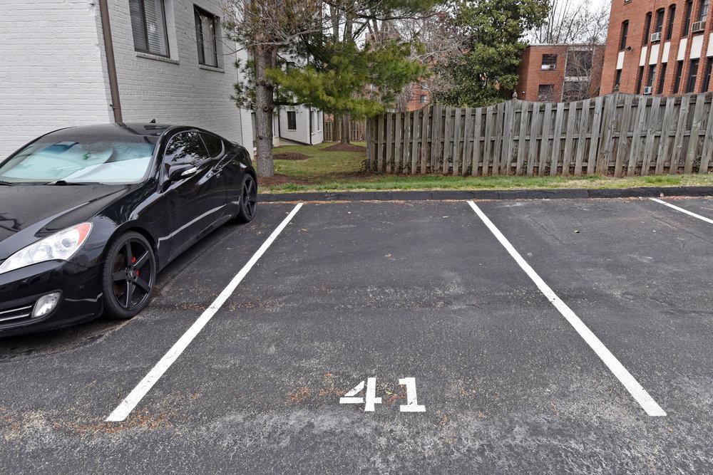 21 Parking 1.JPG