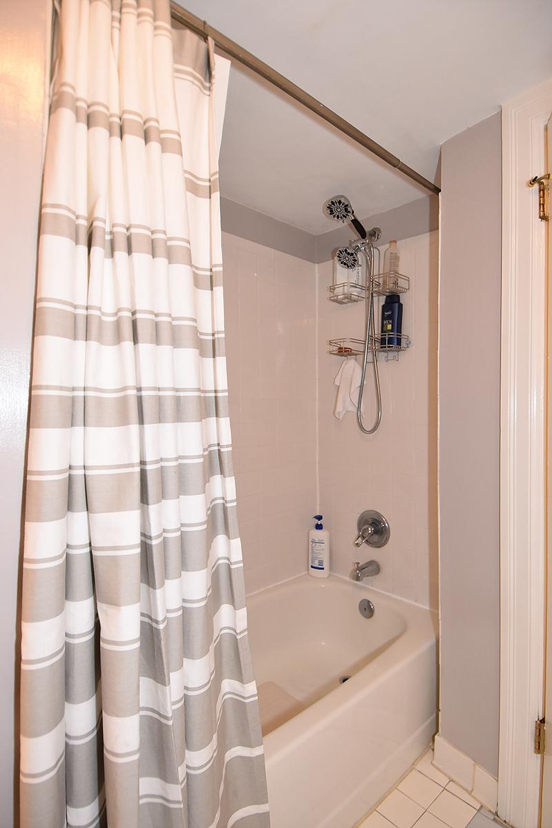 23 Bath 2.jpg