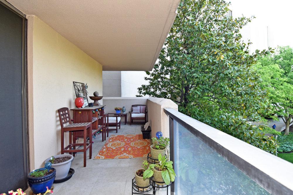 15 Balcony 4.JPG