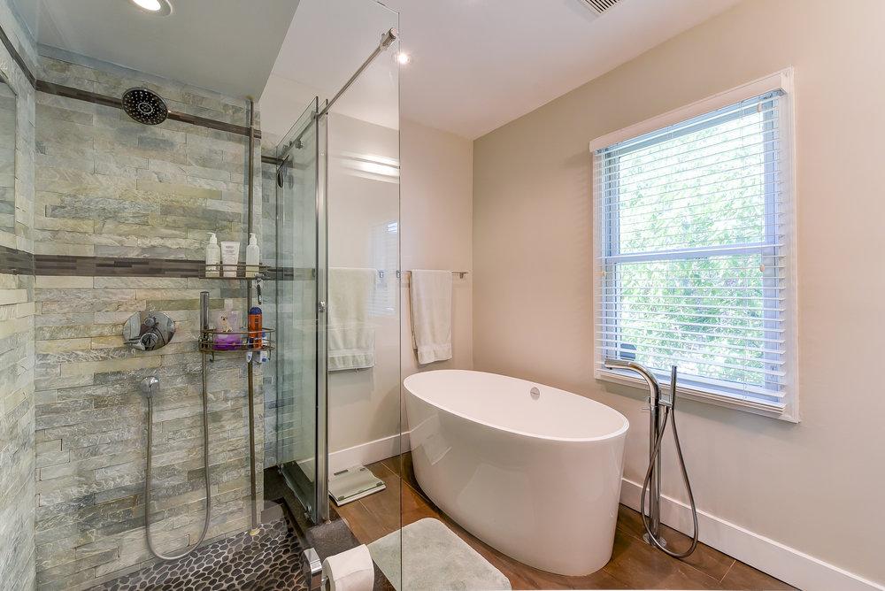 18 Bath 1.jpg