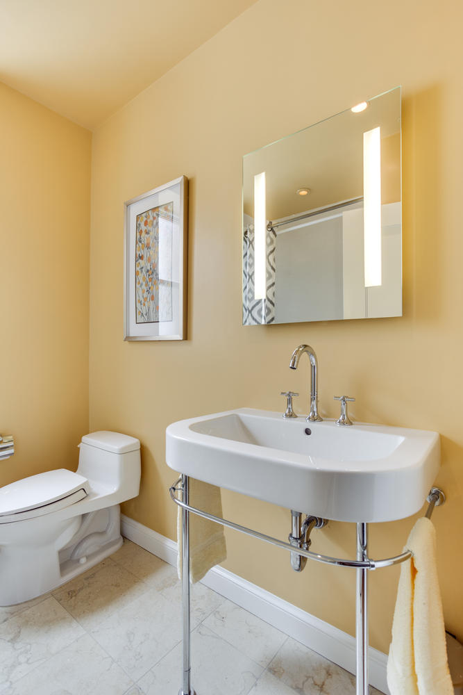 1632 16th St NW Unit 32-large-025-1-Bathroom-667x1000-72dpi.jpg