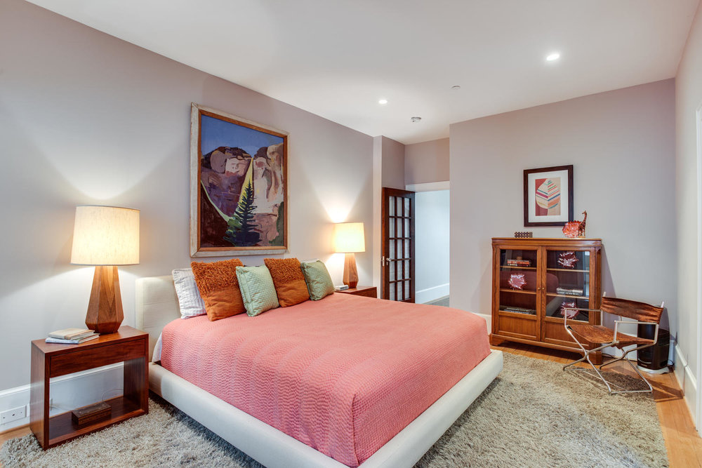 1632 16th St NW Unit 32-large-032-23-Master Bedroom-1500x1000-72dpi.jpg