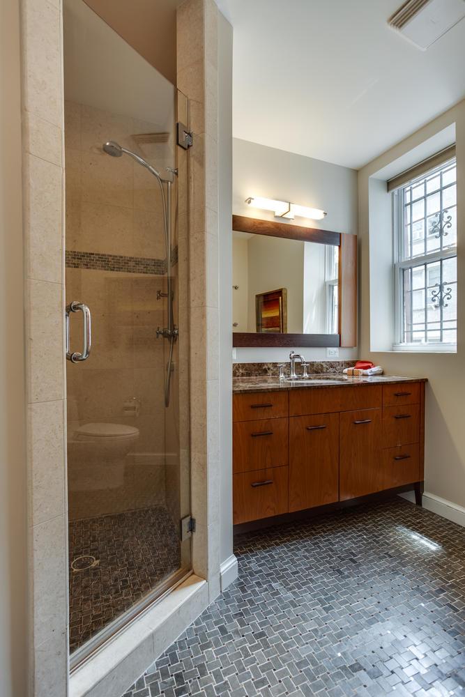 1632 16th St NW Unit 32-large-036-5-Master Bath-667x1000-72dpi.jpg