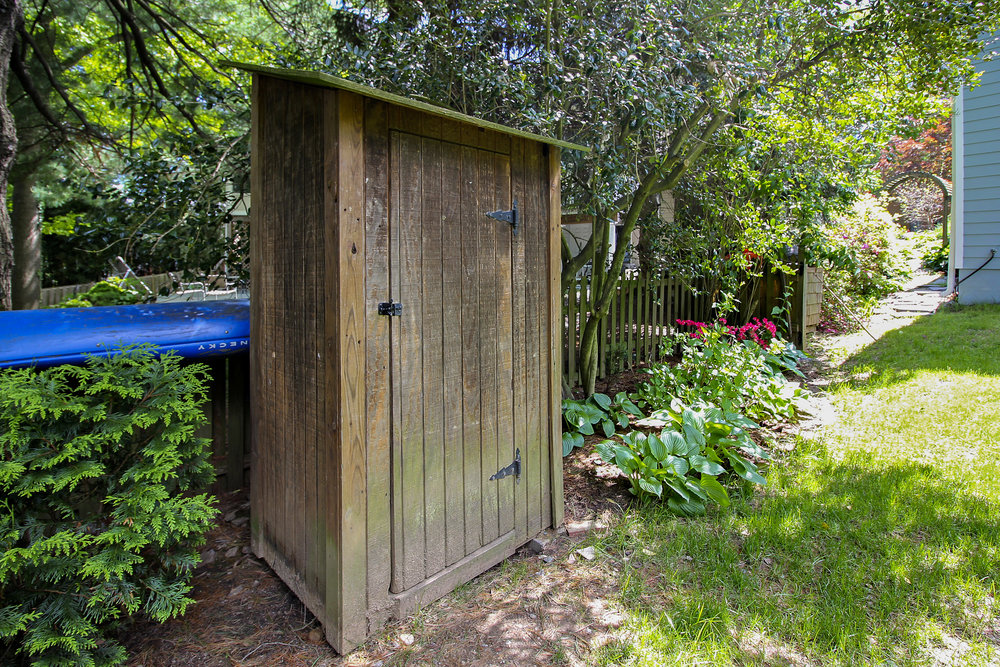 Exterior-Shed-IMG_4654.JPG