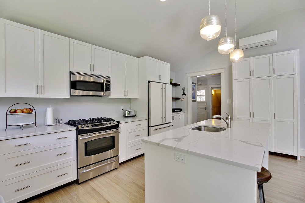 Main Level-Kitchen-_MG_4542.JPG