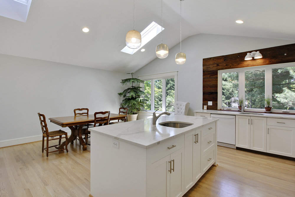 Main Level-Kitchen-_MG_4548.JPG