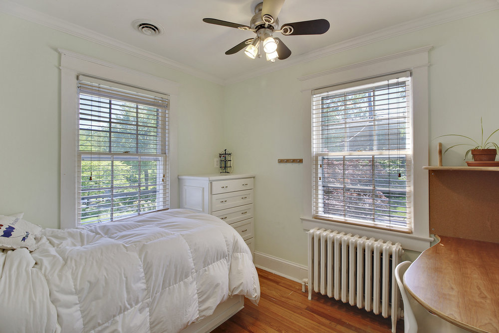 Upper Level 1-Bedroom-_MG_4416.JPG