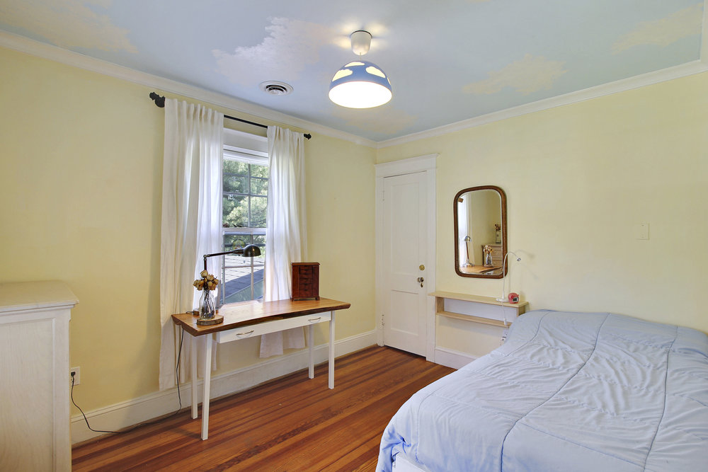Upper Level 1-Bedroom-_MG_4467.JPG