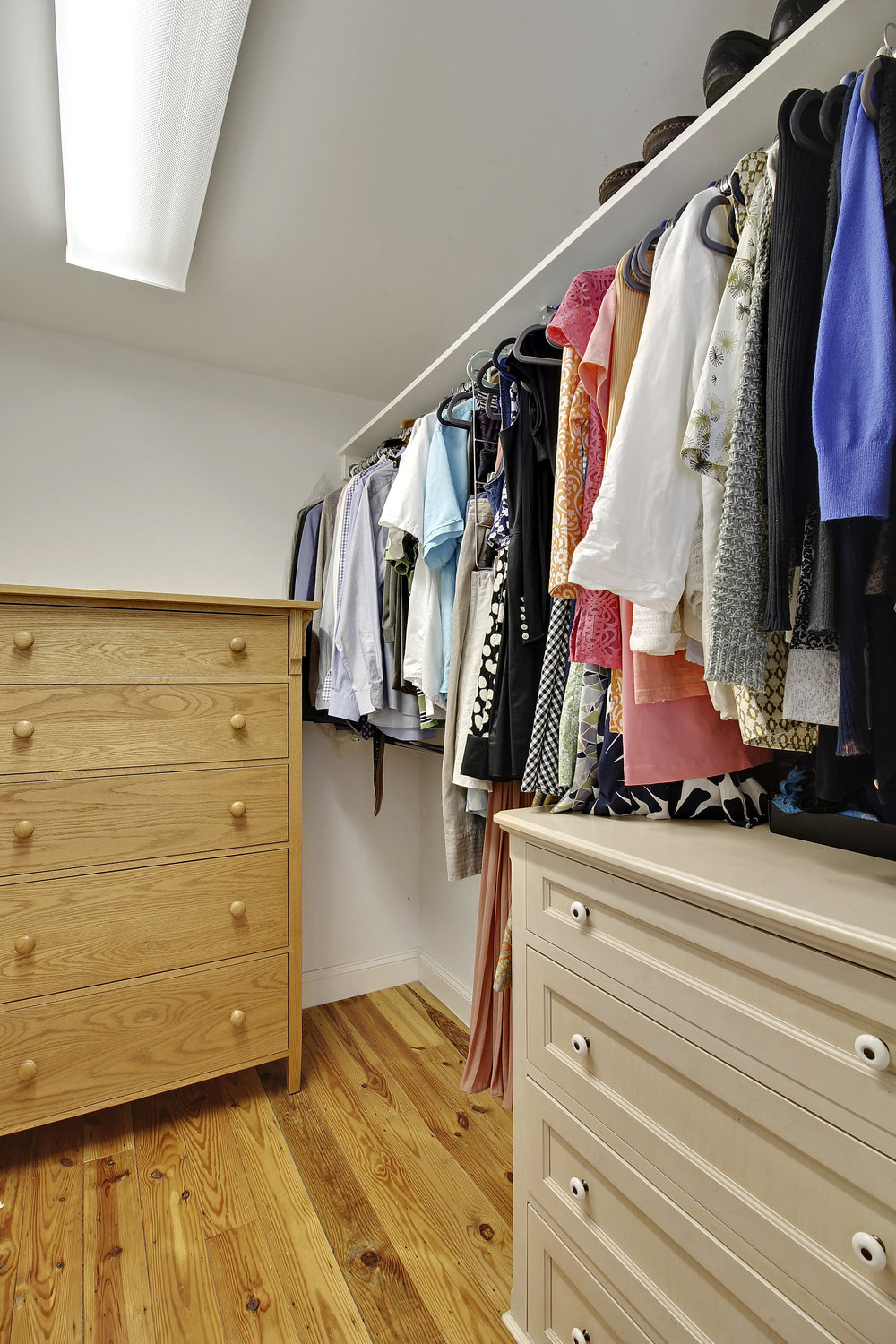 Upper Level 1-Walk In Closet-_MG_4446.JPG