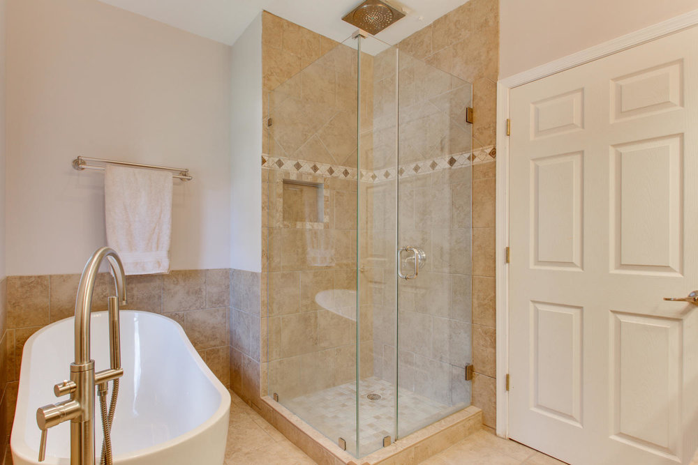 3532 13th St NW Washington DC-large-026-26-Master Bath-1500x1000-72dpi.jpg