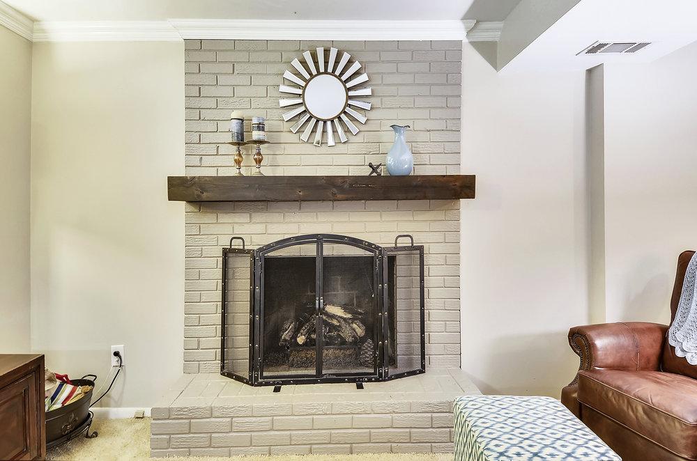 Lower Level-Fireplace-_DSC5561.JPG