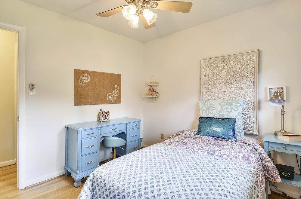 Main Level-Bedroom-_DSC5461.JPG