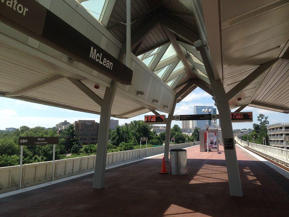 McLean_Metro_platform_1.jpg