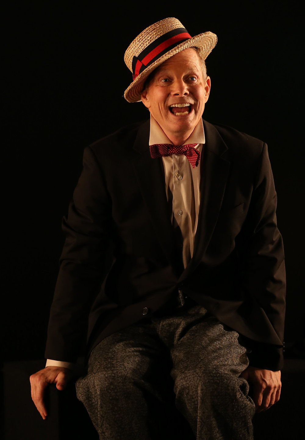 Irwin discusses the importance of various hats used by Beckett characters. Photographs by Carol Rosegg.