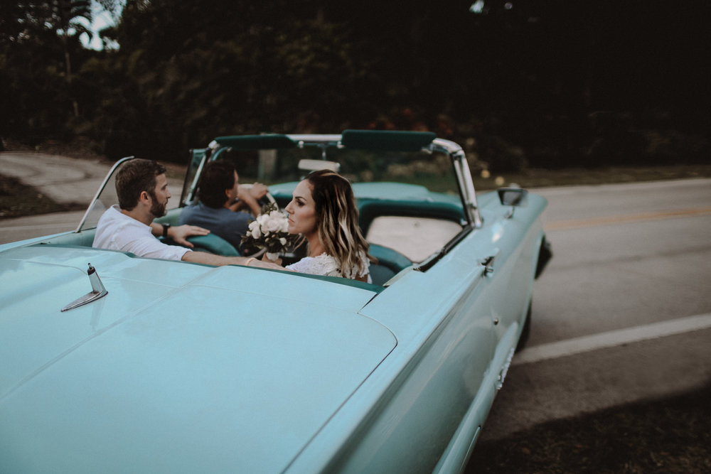 old fashion cars on your wedding day