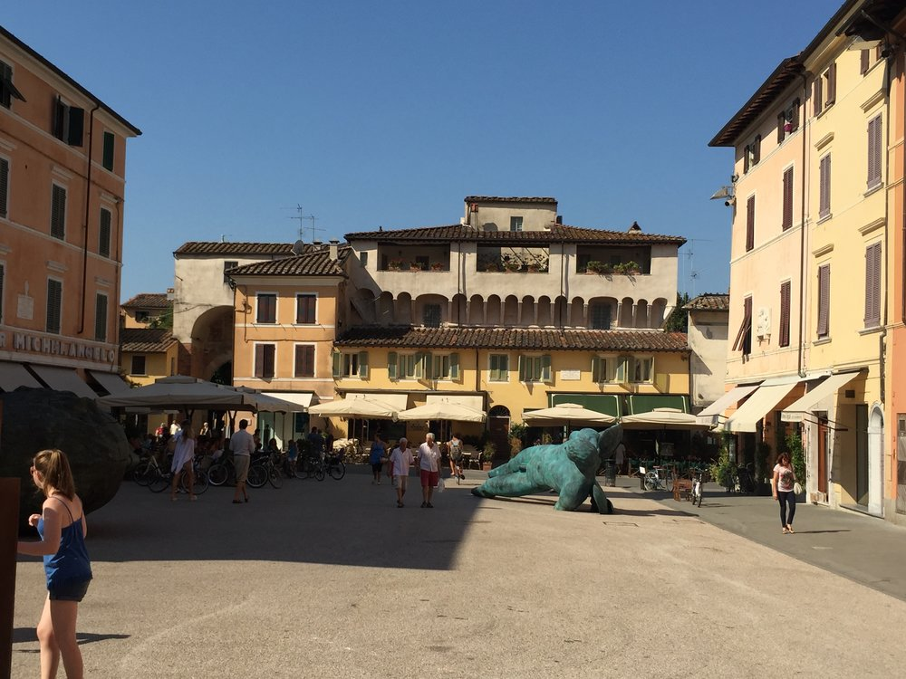 Piazza Michelangelo, the main square in Pietrasanta. Art in the piazza rotates several times per year.
