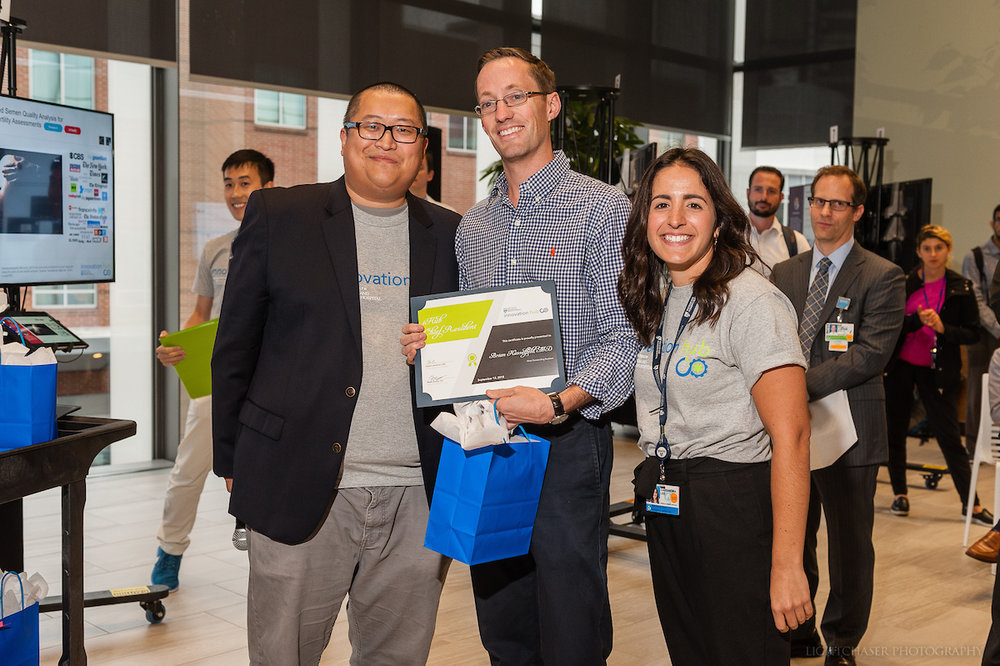 Brian Hasselfeld, MD with iHub Team Members:  Lightchaser Photography / J. Kiely Jr.