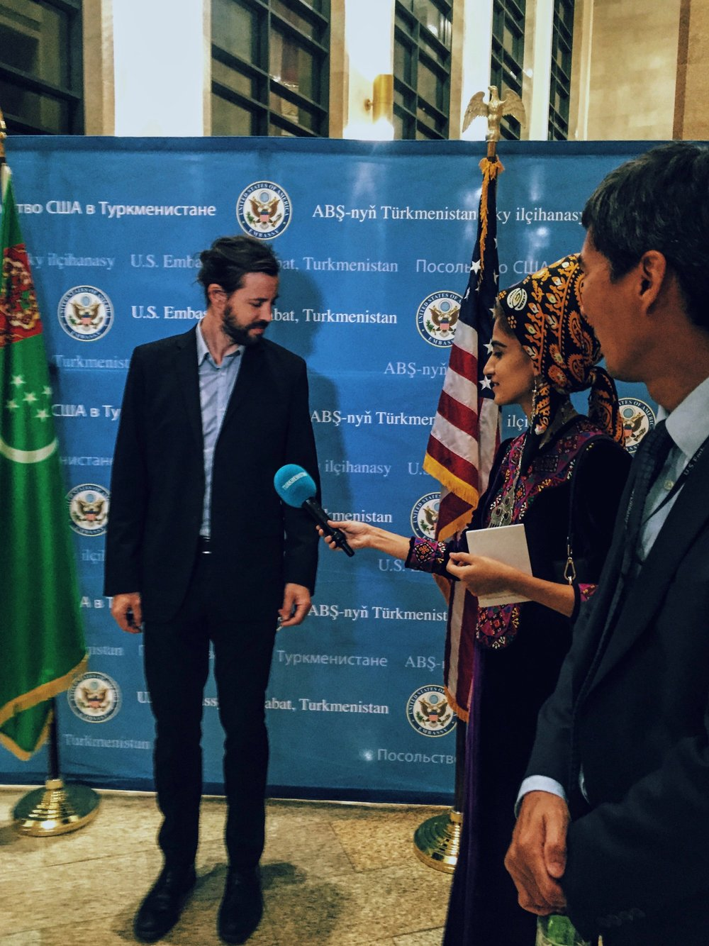 Interview with Turkmenistan T.V. after the concert at Muklamar Palace