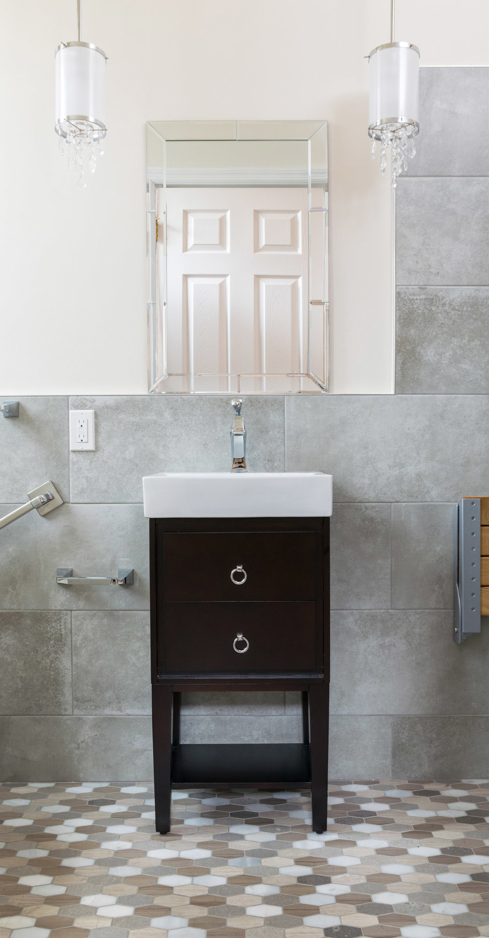 Modern Sink with a Large Mirror