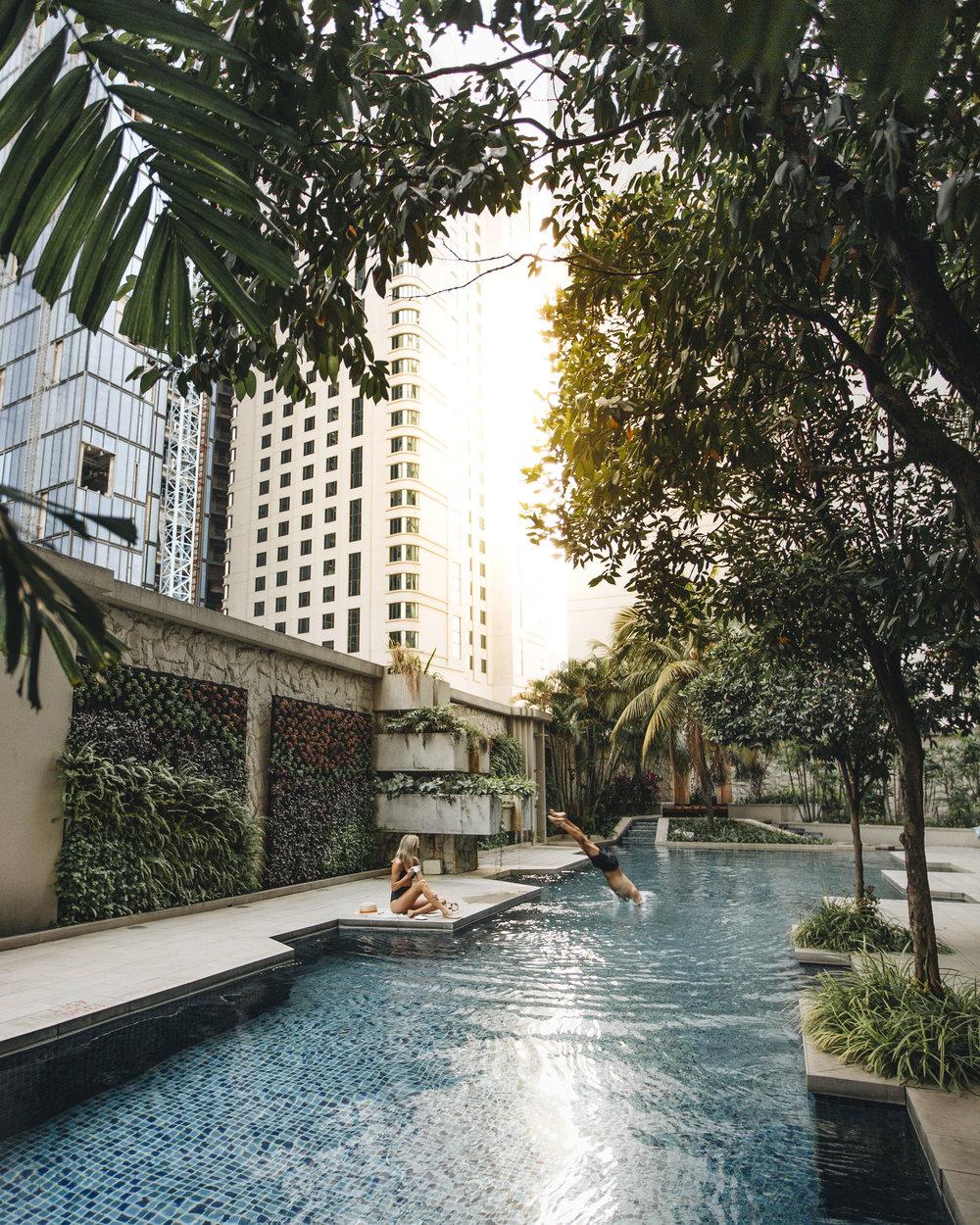 Luxury Hotel Epic Pool Kuala Lumpur Ritz Carlton