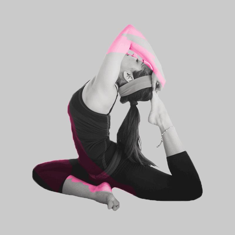 "<strong></strong><a href=""/contact"">Yoga</a>"