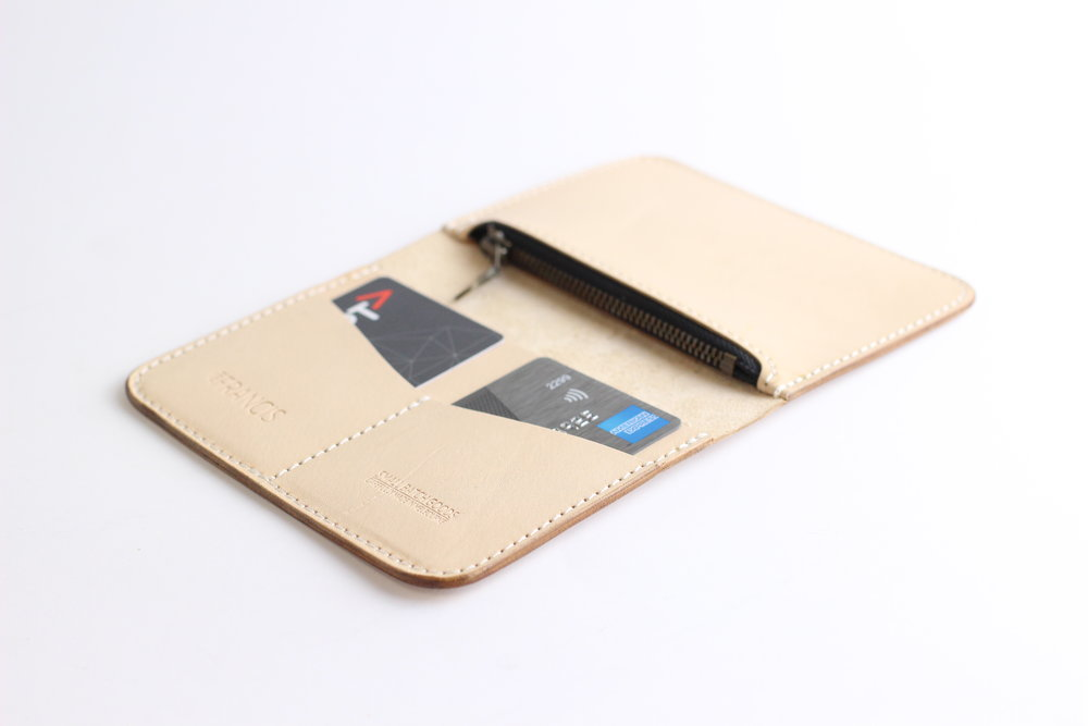 Medium Zipped Wallet -