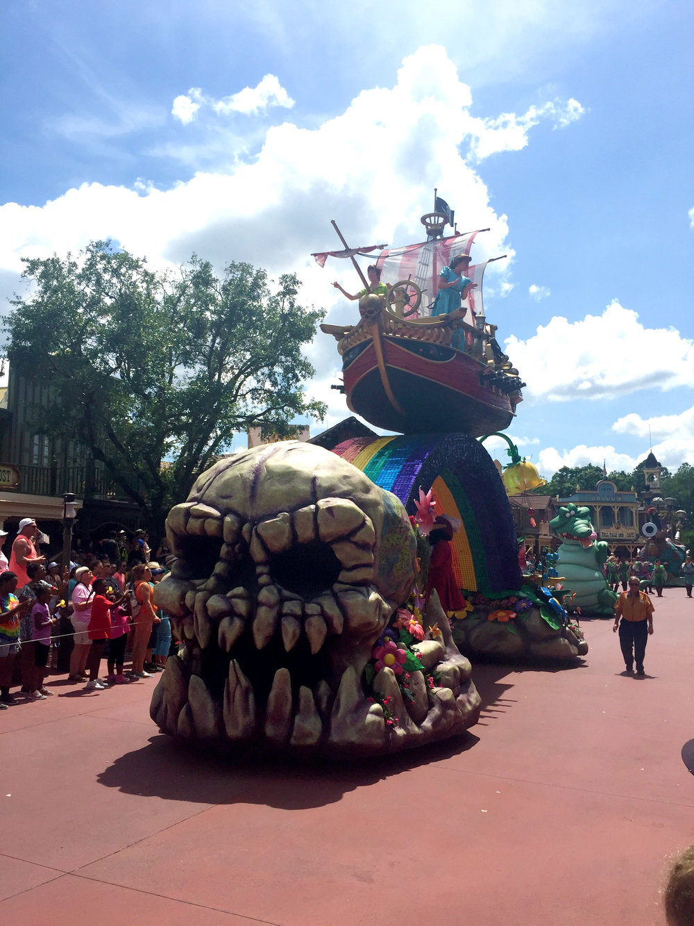 The Peter Pan float is designed to encompass some of the best sights of Neverland, including Skull Rock, the Jolly Roger, and Pixie Hollow.