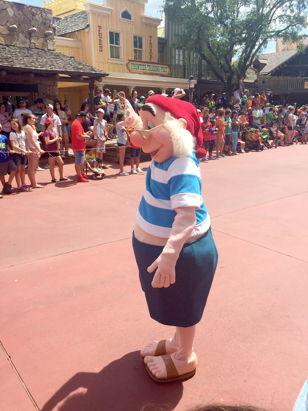 Following the Peter Pan float we see Mr. Smee. I'm so glad that they included him, because he is so rarely seen in the parks!