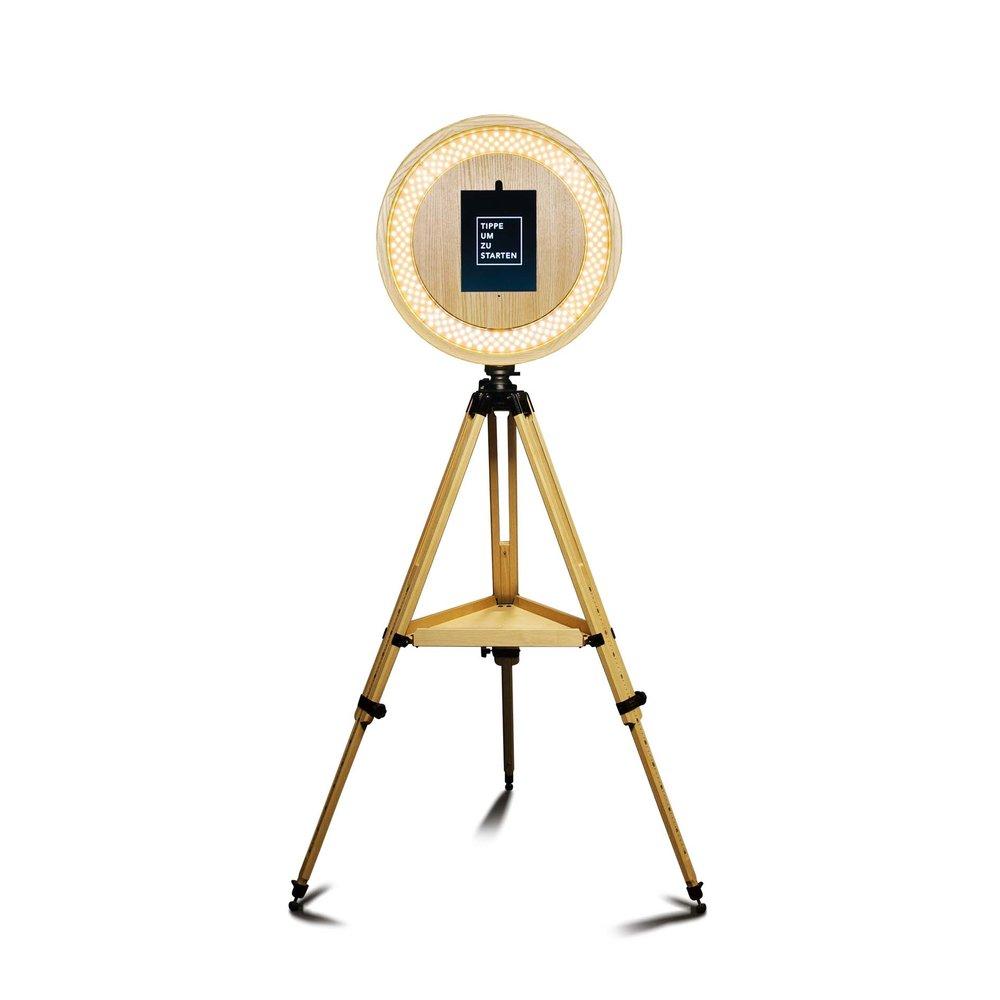 Fotobox 2.0 - - Fotobox im edlen Holz-Look- integriertes Ringlicht für Beauty-Beleuchtung- standortunabhängig, da akkubetrieben- erzeugt die aus Instagram bekannten Boomerangs- SMS- und eMail-Versand - direkt aufs Handy!