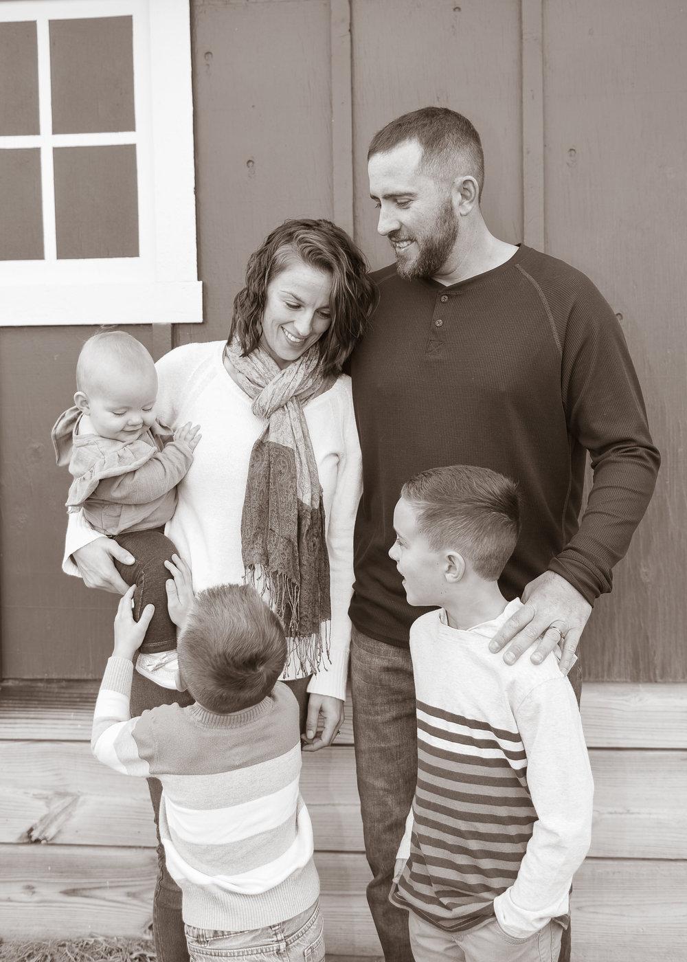 Shilling Family-33.jpg