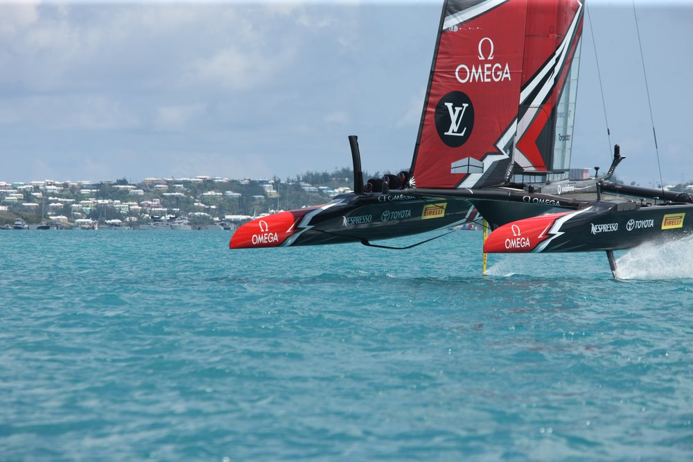High-tech speedsters duel it out at the America's Cup in Bermuda