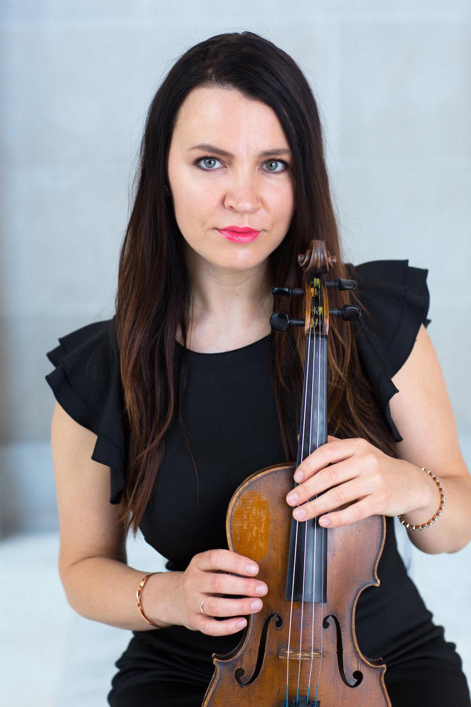 Alise Ewan, violin