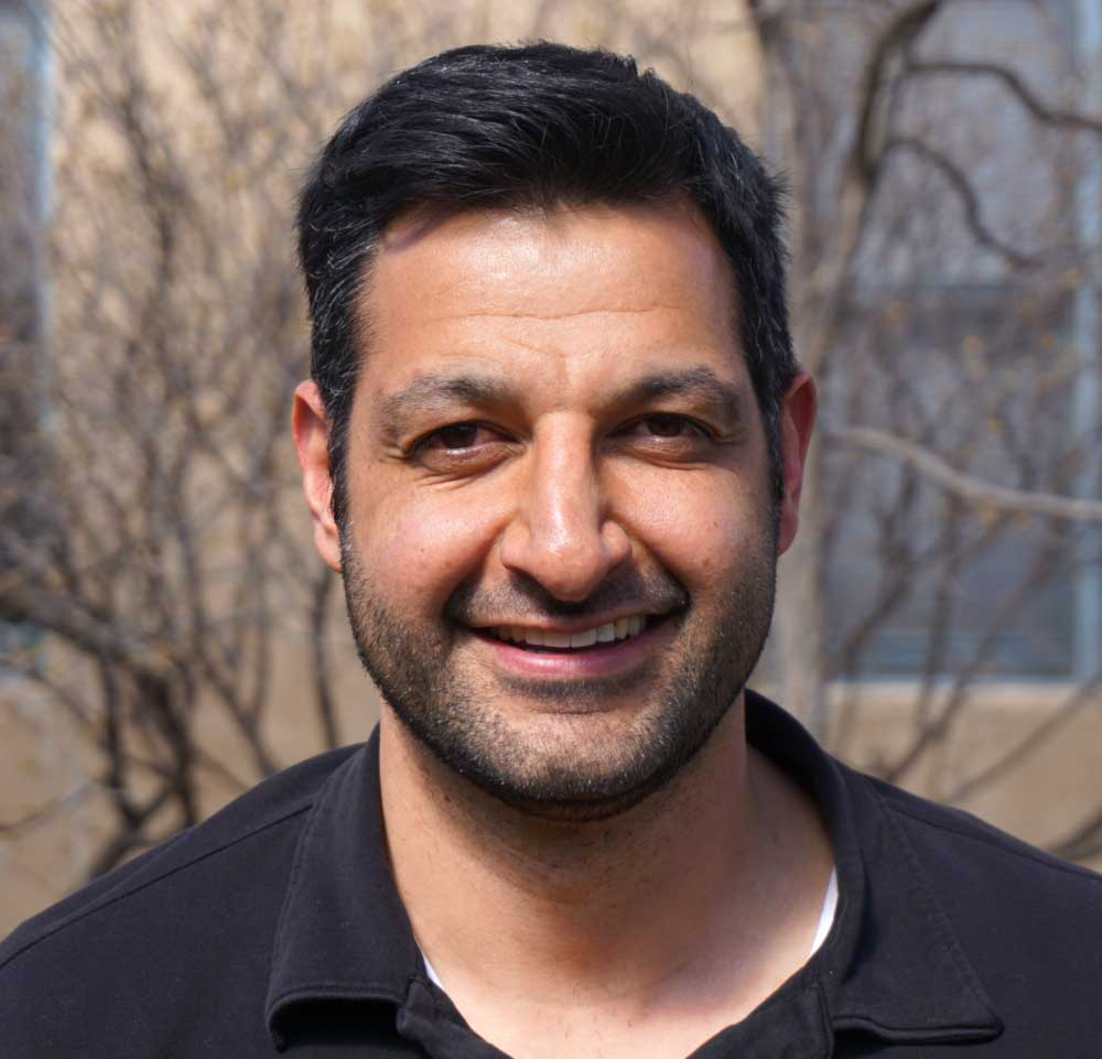 - SHAK BANI, RESIDENTIAL ESTIMATORShak is from Albuquerque, NM and now resides in Santa Fe, NM with his lovely girlfriend. Shak is smart, knowledgeable and personable. He has 10+ years in business-to-business sales and always goes the extra mile for his clients. His hobbies include golfing and working out. He loves to hangout with his family and friends in his free time.