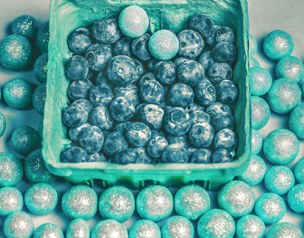 MichelleRiveraSpromberg-StillLife-BlueSpheres-1.jpg