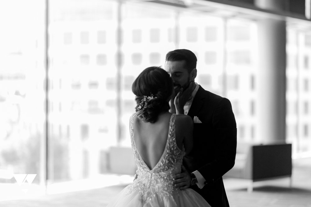 herastudios_wedding_nicole_michael_hera_selects_web-30.jpg