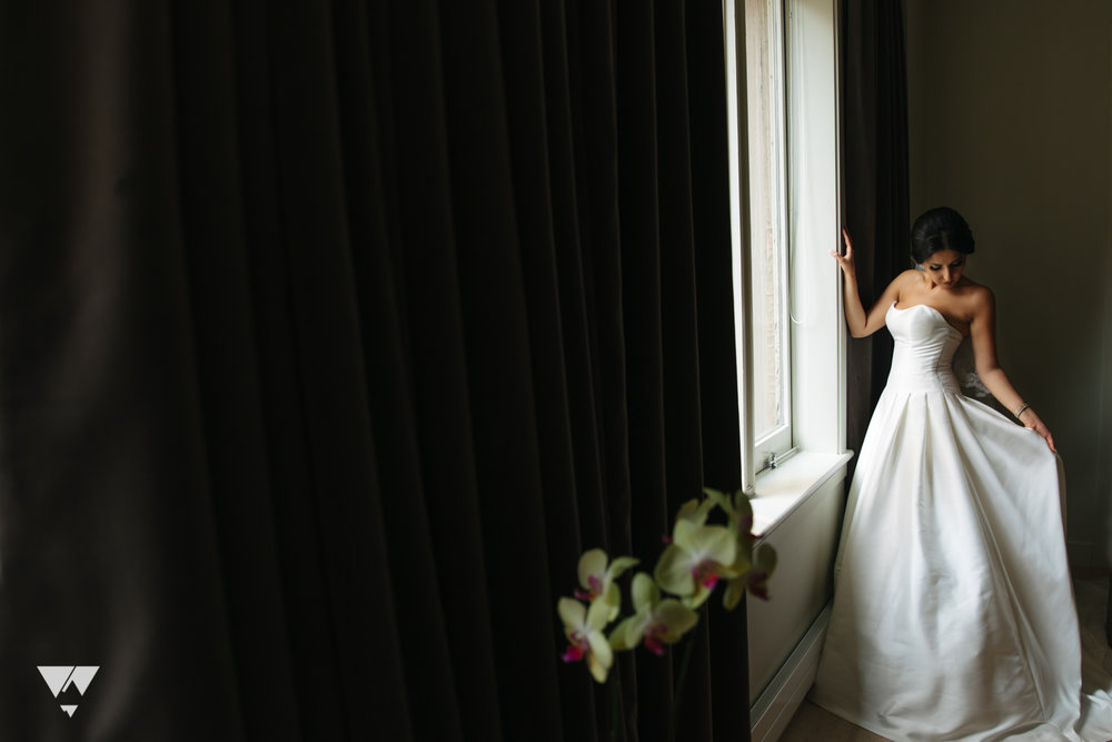 hera-studios-vancouver-club-wedding-mina-sina-28.jpg