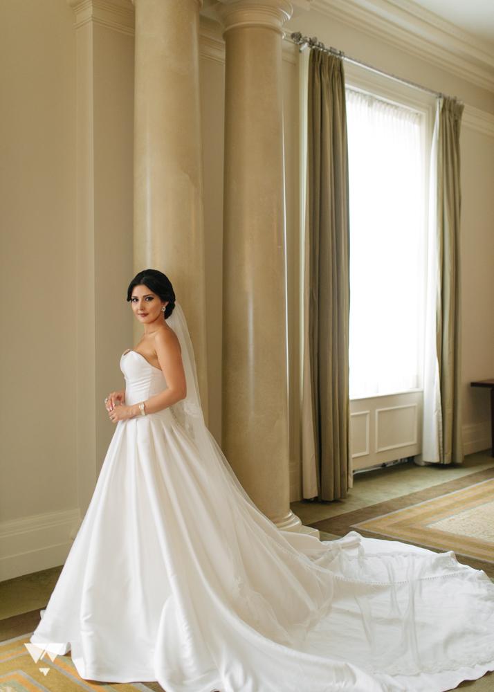 hera-studios-vancouver-club-wedding-mina-sina-44.jpg