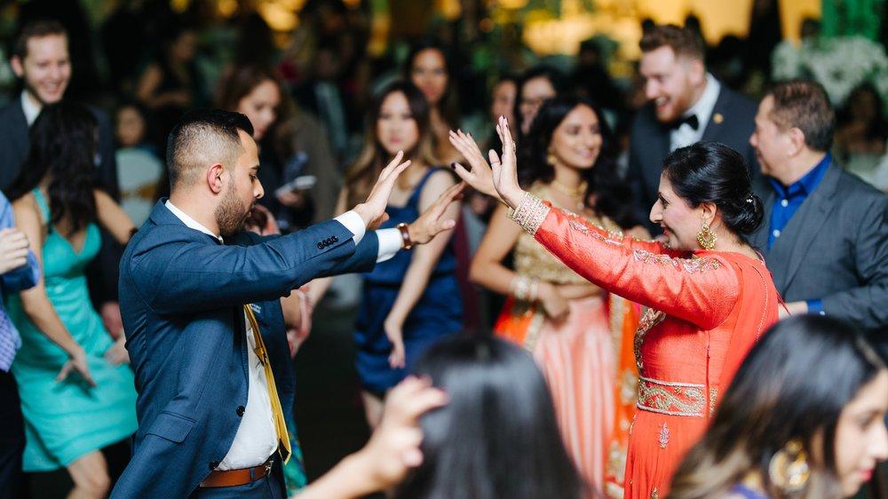 herastudios_wedding2_danica_sanjeev_collectors_package-320.jpg