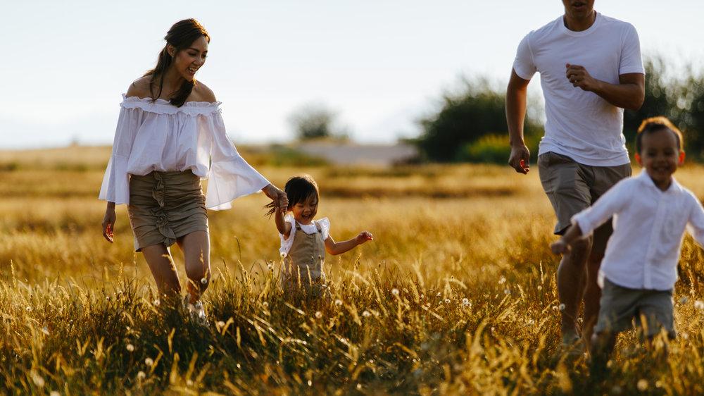 Hera_Studios_HiRes_SienaWalter_Family-3.jpg