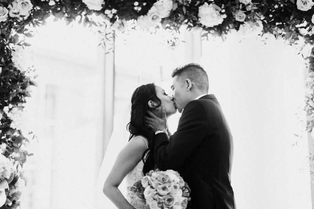 HeraStudios_Selects_SusanHenry_Wedding_0233.jpg
