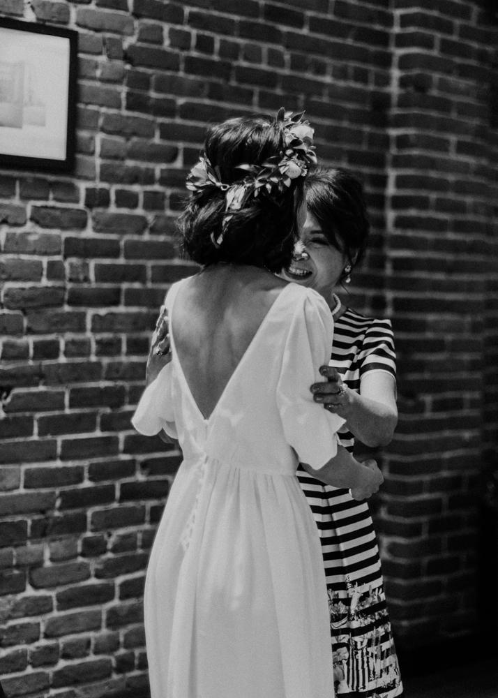 HeraStudios_Selects_WebNoLogo_LilySquare_Wedding-34.jpg