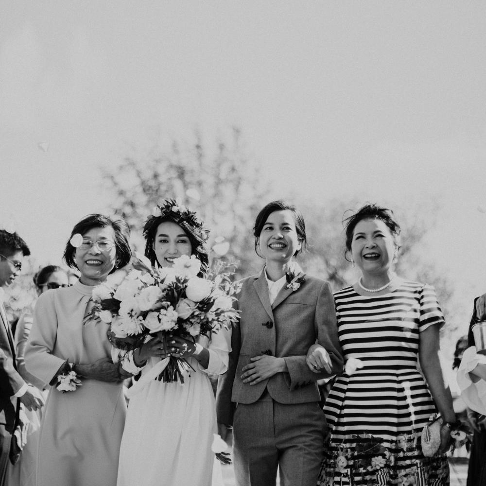 HeraStudios_Selects_WebNoLogo_LilySquare_Wedding-124.jpg