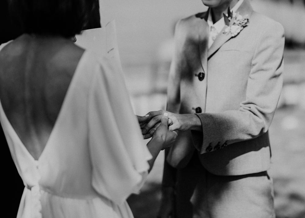 HeraStudios_Selects_WebNoLogo_LilySquare_Wedding-145.jpg