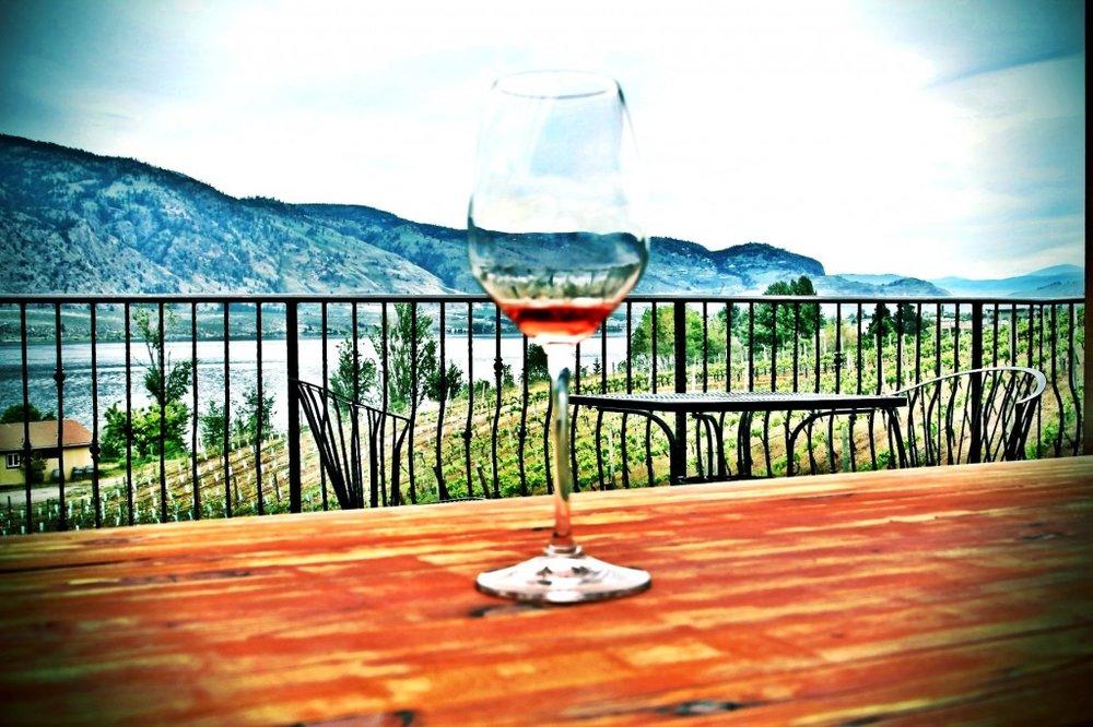 Osooyos-wine-1024x682.jpg