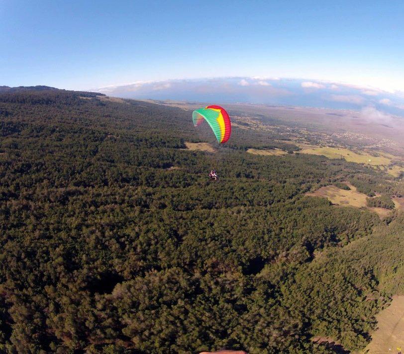 Maui Hawaii paragliding