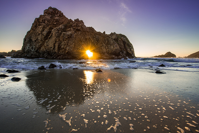 Pfeiffer Beach sunset by @justinwkern on Flickr