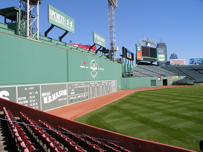 Fenway-green-monster.jpg