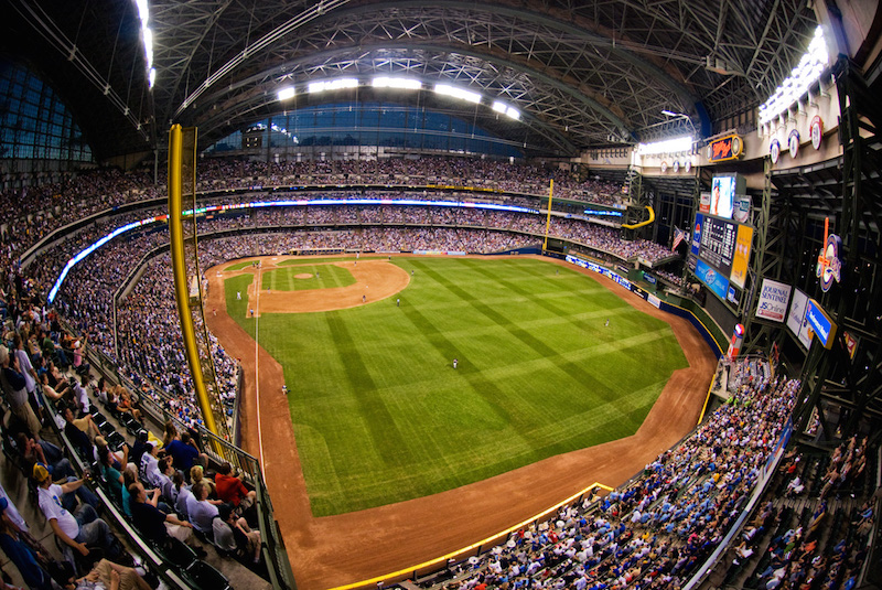 Milwaukee-Miller-Park.jpg