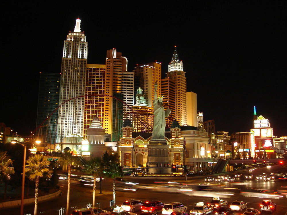 las-vegas-strip-night-shot-1056250-1280x960.jpg
